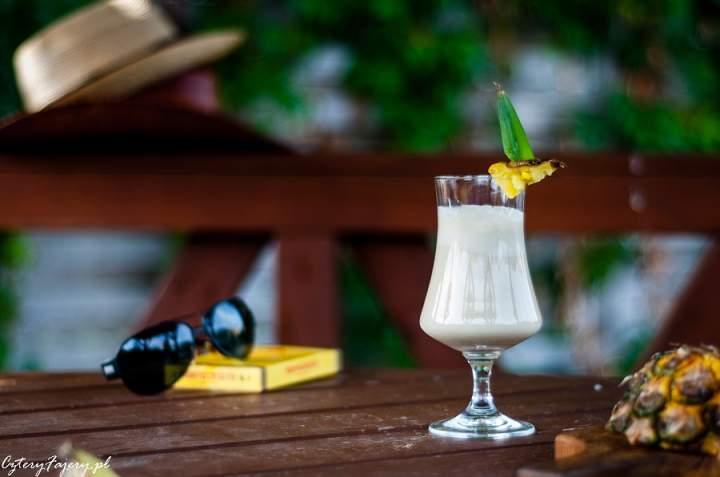 Pina Colada – koktajl z rumem i ananasem