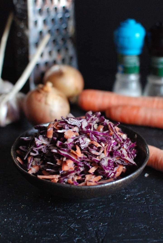 Surówka z czerwonej kapusty a'la colesław (tak, wiem, że się pisze coleslaw ;))