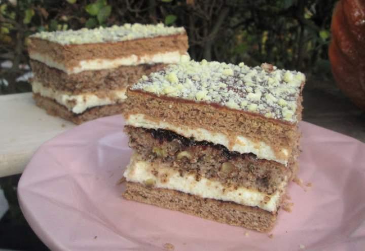 Ciasto piernikowo-orzechowe z kremem i powidłami-idealne na święta, pyszne +FILM