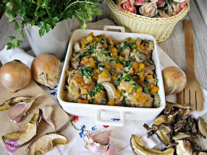 Drobiowe roladki zapieczone w grzybowym sosie