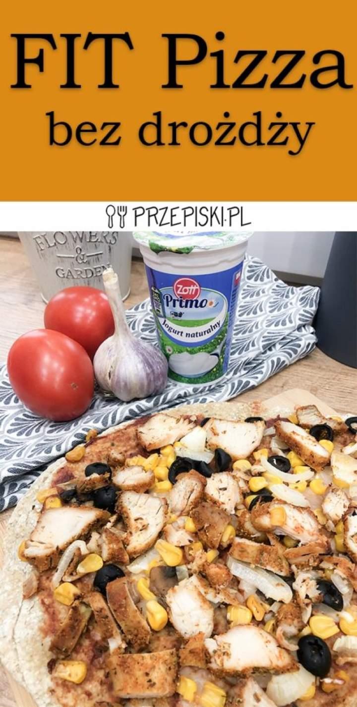 FIT Pizza na Owsianym Spodzie bez Drożdży