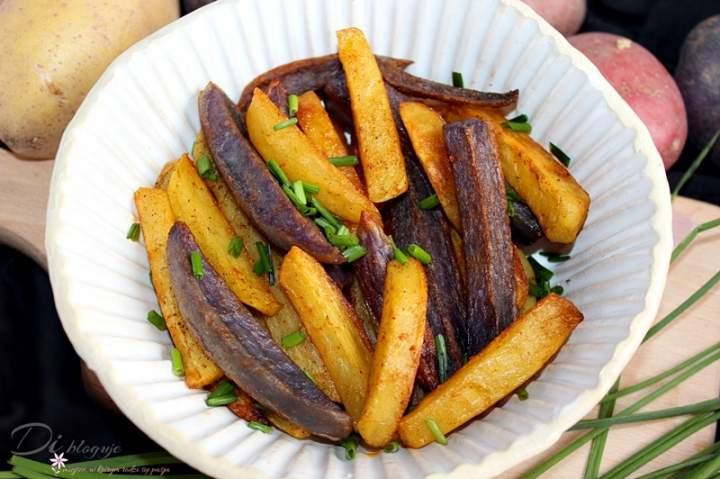 Domowe frytki z piekarnika z kolorowych ziemniaków