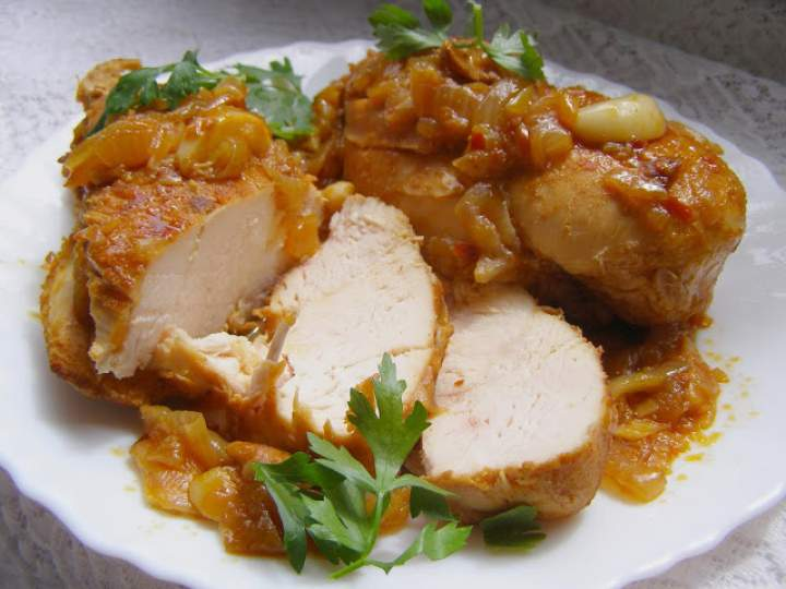 piersi kurczaka duszone w cebuli z czosnkiem na pikantnie…