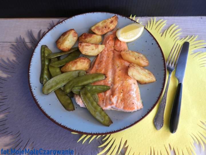 Fish & chips z kombiwaru – ryba z pieczonymi ziemniakami