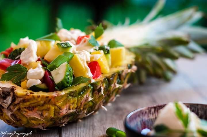 Szybka i dobra sałatka z ananasem