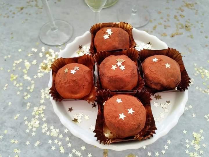 Szampańskie trufle czekoladowe (Tartufi di cioccolato allo champagne)