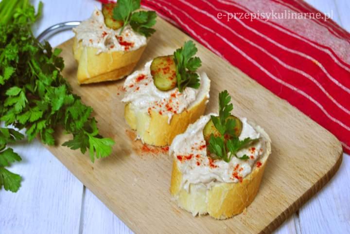 Szybka pasta z tuńczyka i serka wiejskiego