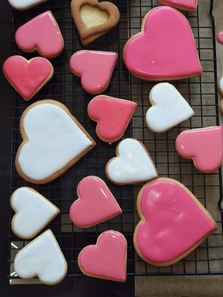 Kruche ciasteczka – serduszka na Walentynki