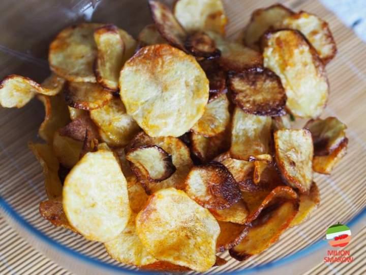 Domowe pieczone chipsy ziemniaczane