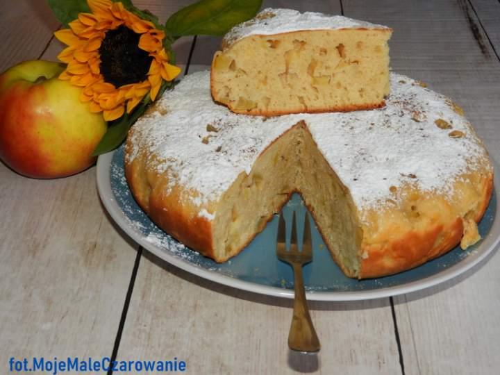 Ciasto jabłkowo – jogurtowe z patelni