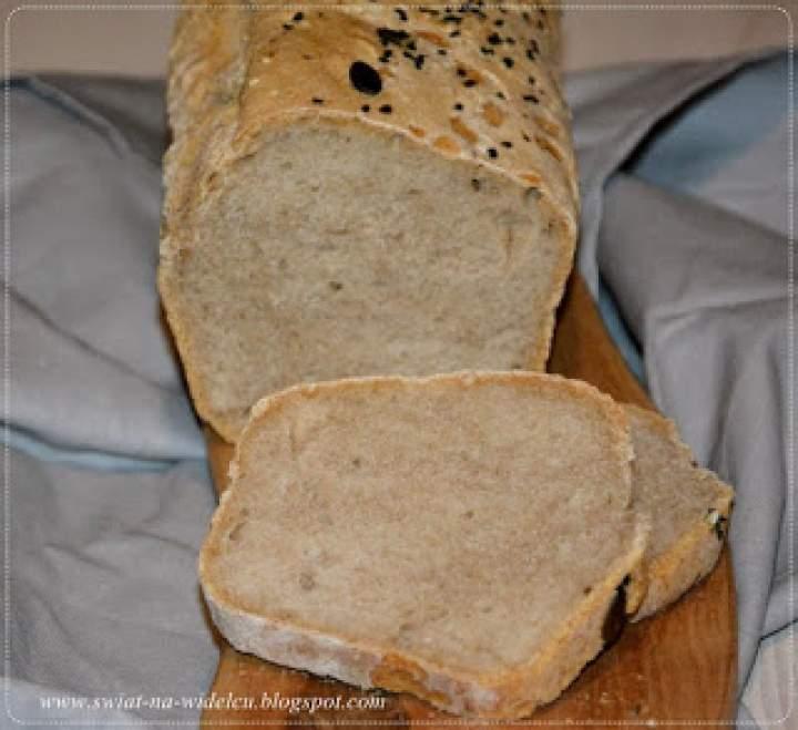 Chleb pszenno-żytni na zakwasie dwudniowym