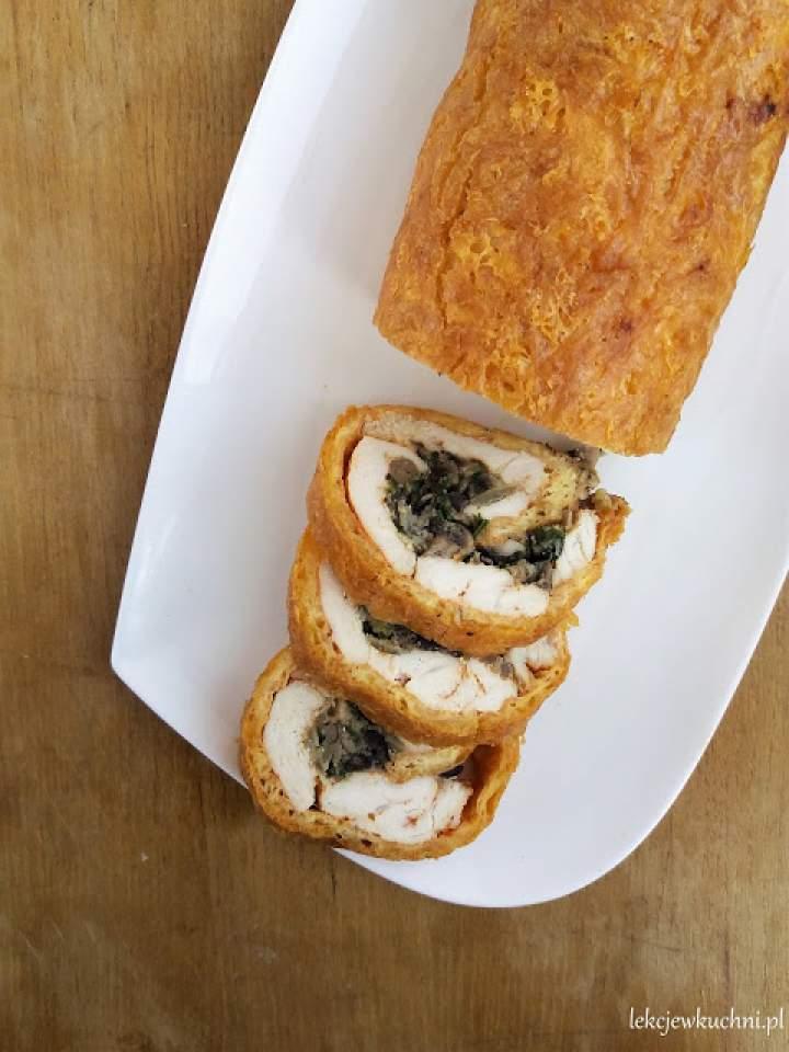 Rolada z kurczaka z serem i pieczarkami / Chicken Roulade with Cheese and Mushrooms