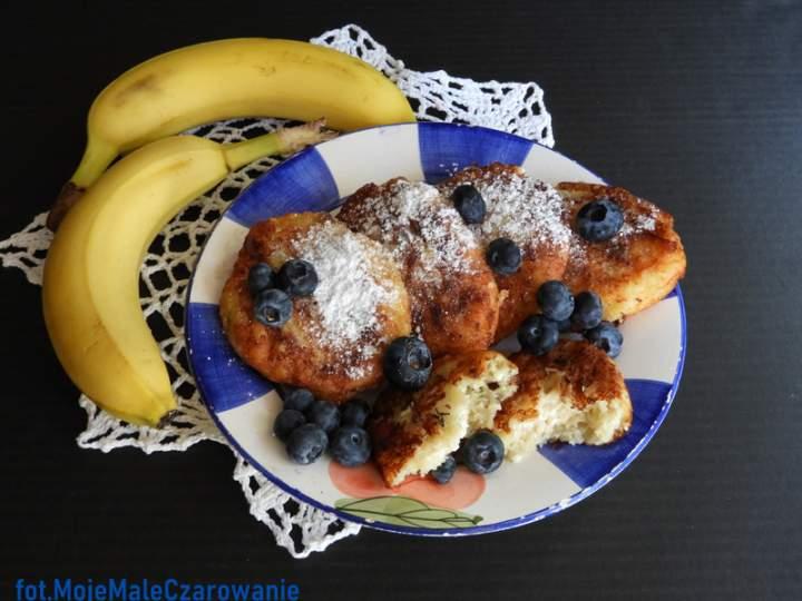Placuszki/serniczki bananowe z borówkami