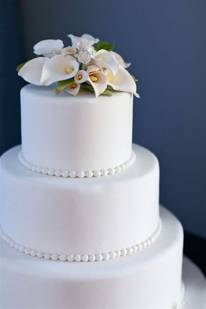 Jakie ciasta przygotować na przyjęcie komunijne?
