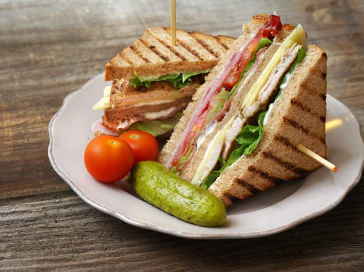 Kanapka Club sandwich