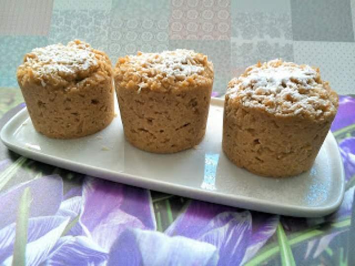 Babeczki owsiano – kokosowe na jogurcie