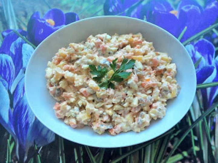Sałatka ziemniaczana z pieczonych warzyw