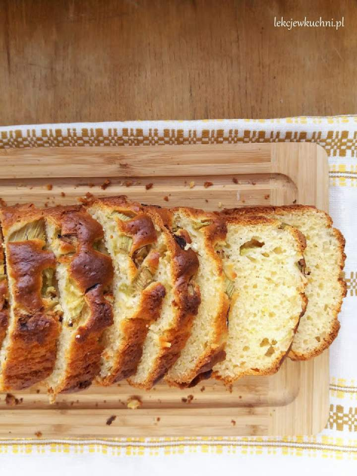 Jogurtowe ciasto z rabarbarem / Yogurt Rhubarb Bread