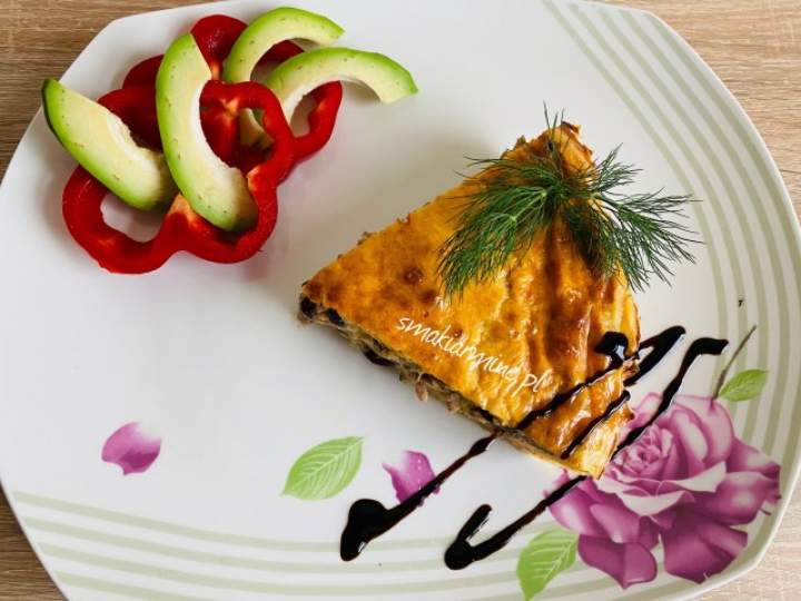 Zapiekanka ziemniaczana z mięsem mielonym i serem