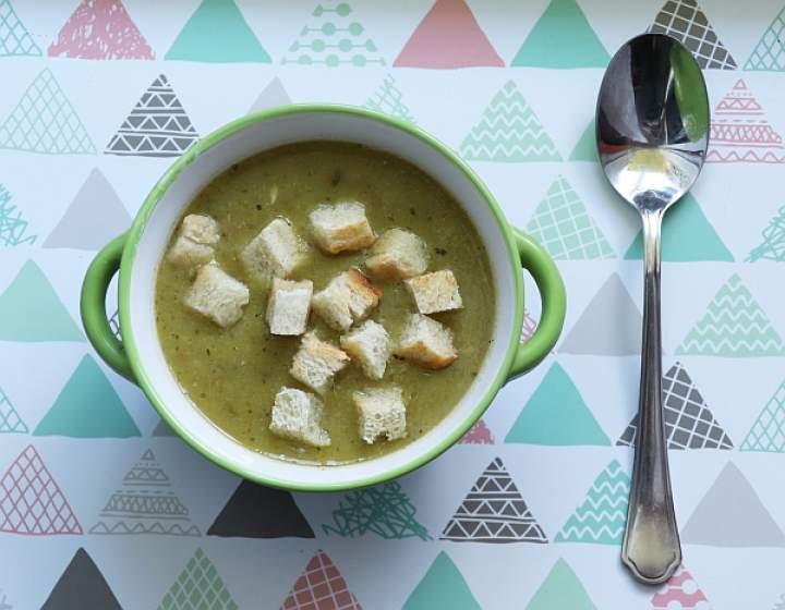 Zupa kremowa ze szparagów i cukinii