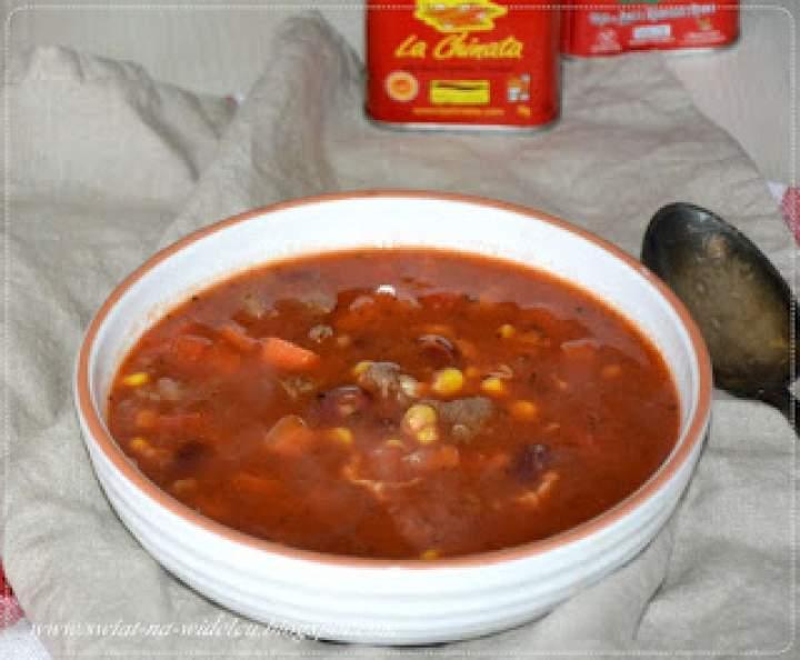 Diabelska zupa z wołowiną