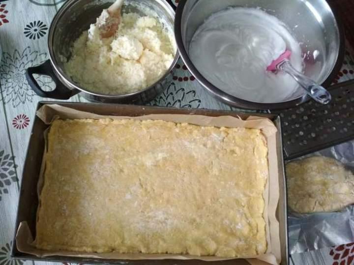 Ciasto Kruche kokosowo-śmietanowe