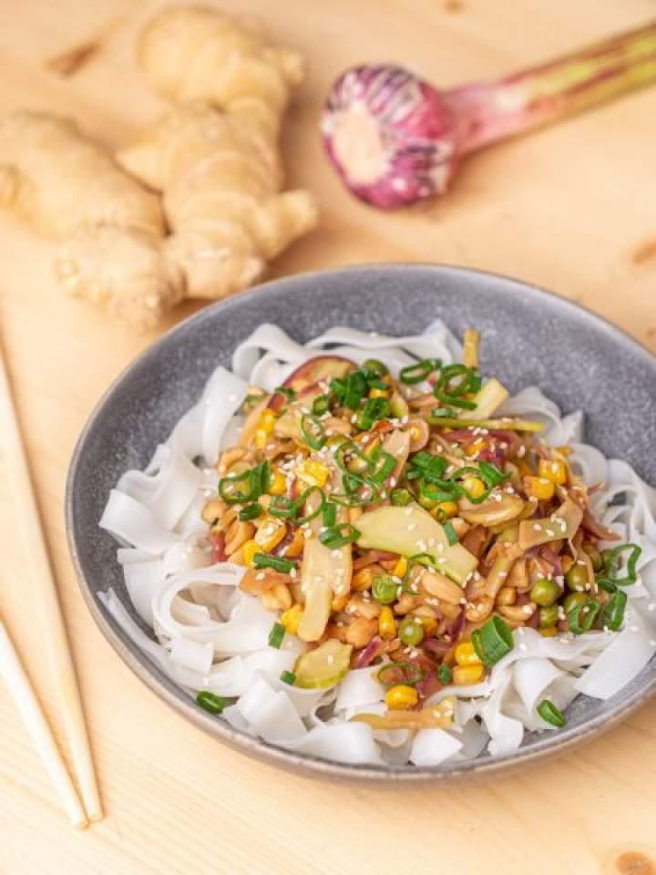 Stir-fry z łodygą brokuła