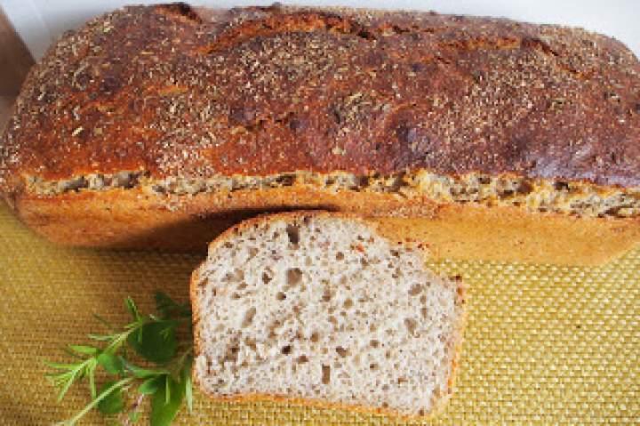 Chleb pszenno żytni z ziołami