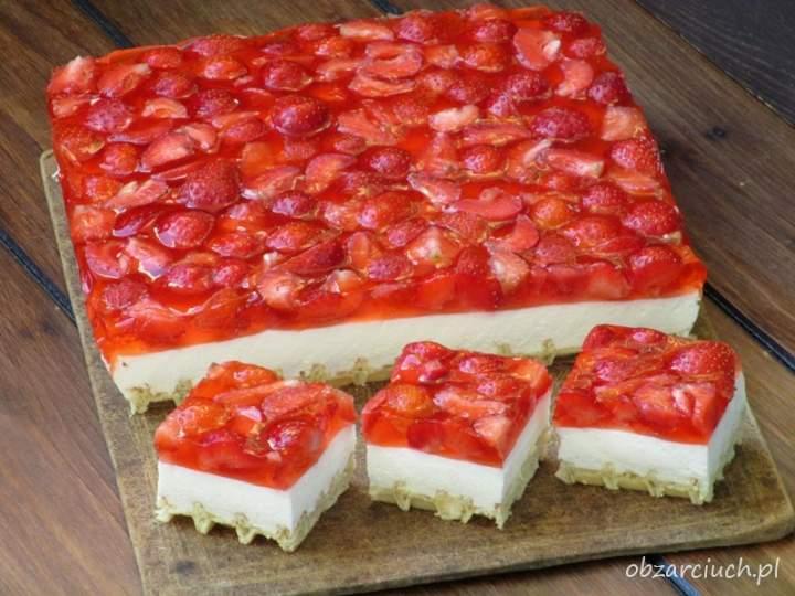 Ciasto na gofrach z truskawkami, czyli to się nie może nie udać