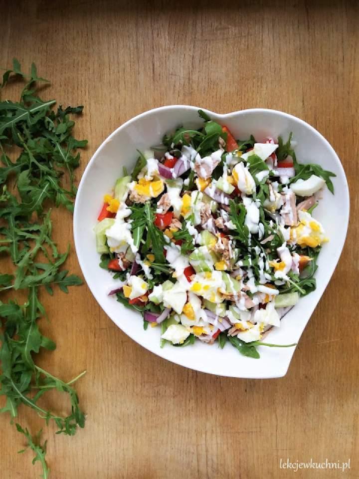Szybka sałatka z tuńczykiem i rukolą / Quick Tuna And Arugula Salad
