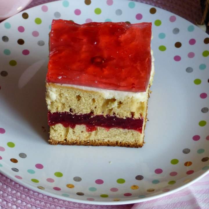 "Ciasto "" Truskawkowe Pole"""