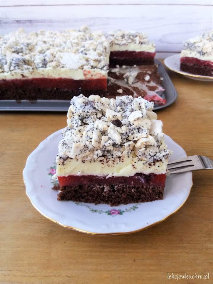 Ciasto Telimena z truskawkami, budyniem i bezą / Layer Strawberry Cake