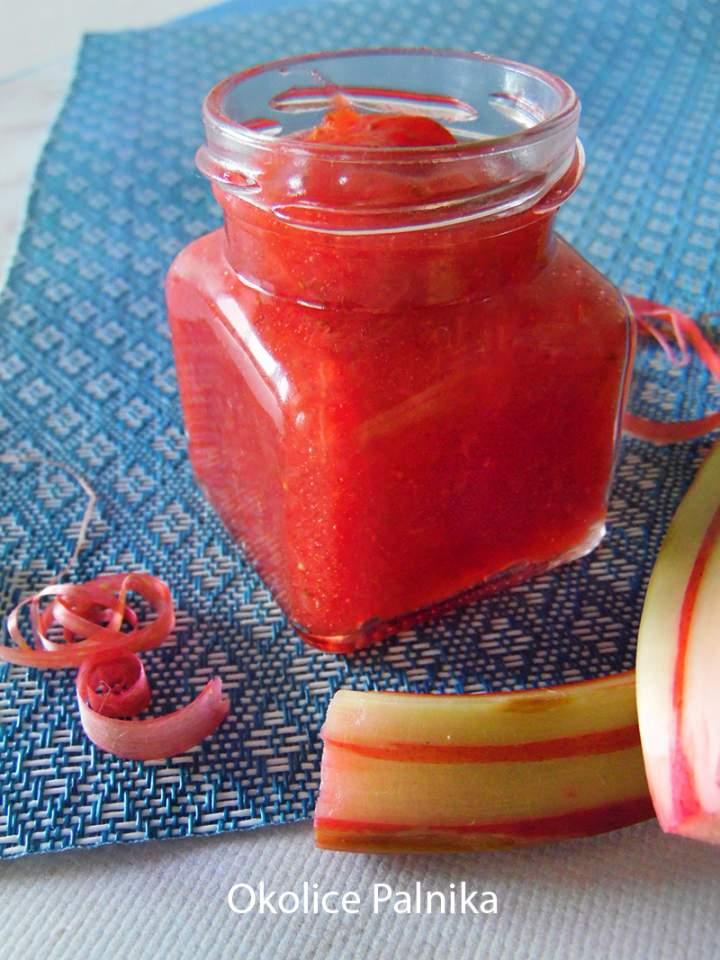 Dżem truskawkowy z rabarbarem