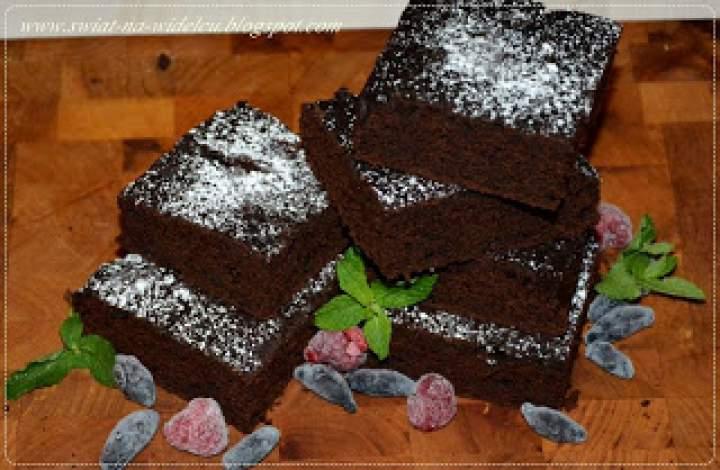 Brownie z fioletowych batatów