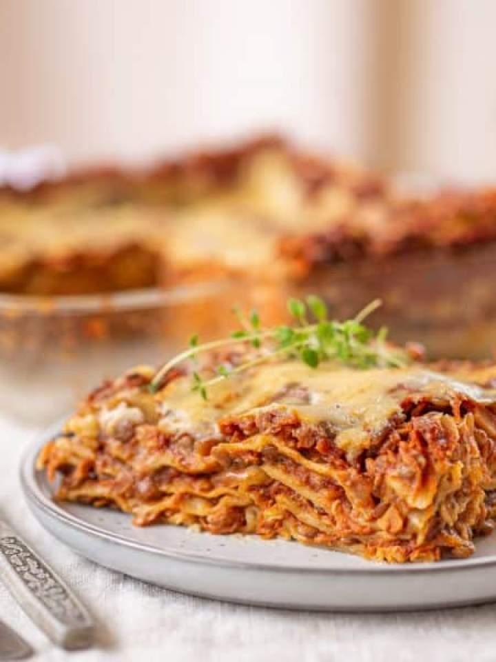 Wegańska lasagne z soczewicą