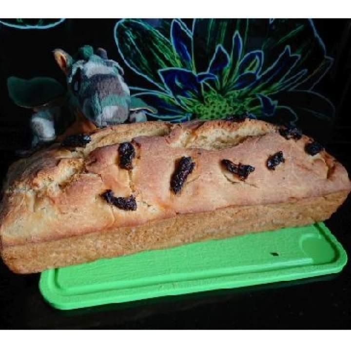 Pszenny chleb z suszonymi pomidorami