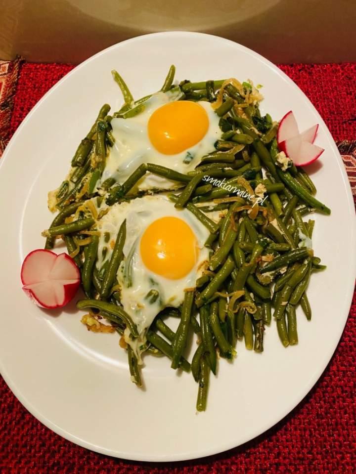 Lobio po ormiańsku- fasolka szparagowa smażona z jajkiem
