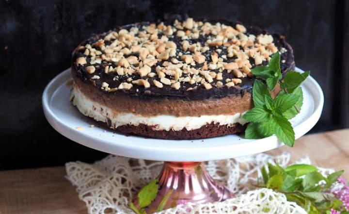 Ciasto serowo-daktylowe