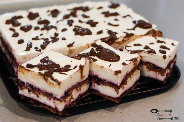 Wezuwiusz – ciasto bez pieczenia