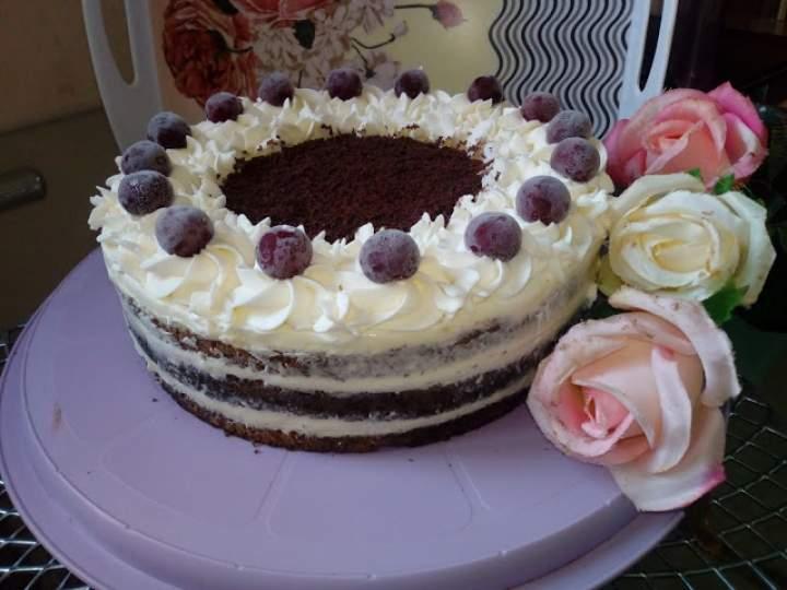 Tort czekoladowo – śmietankowy