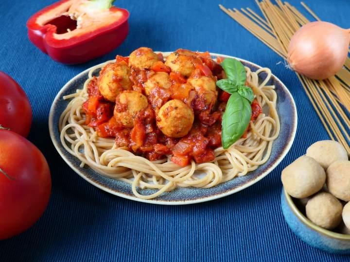Spaghetti z klopsikami z tofu
