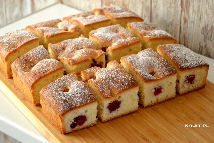Bajecznie proste ciasto z wiśniami