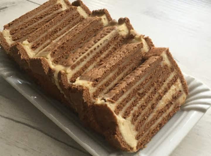 Ciasto z kremem orzechowym bez pieczenia