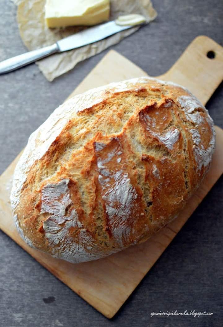Chleb z garnka/naczynia żaroodpornego