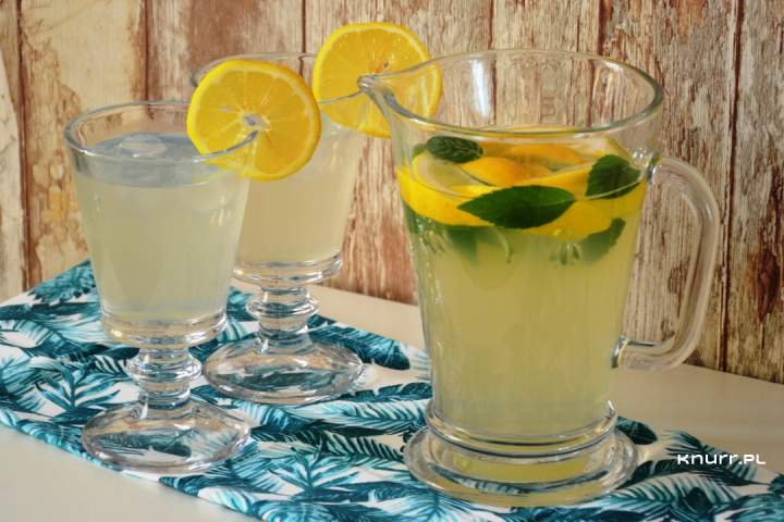 Letni napój Miodzio