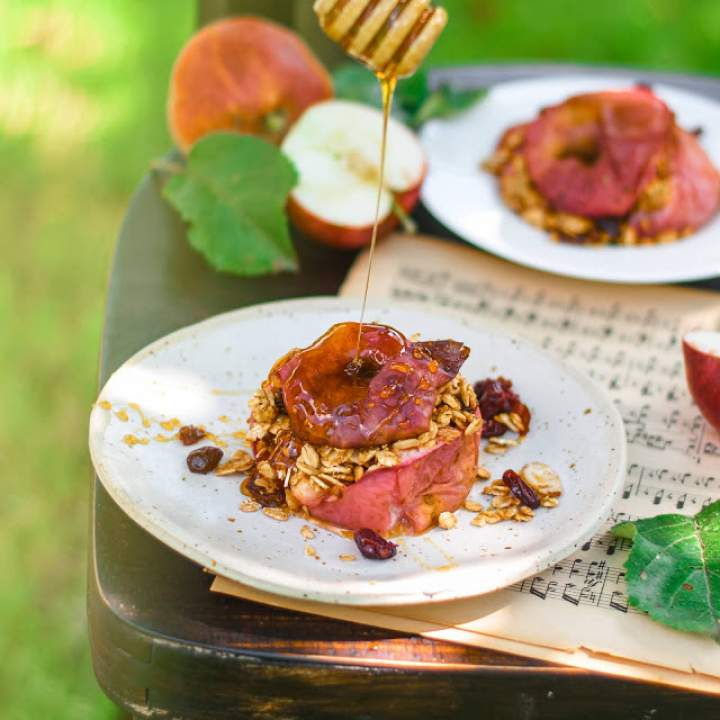 Fit pieczone jabłka z płatkami owsianymi