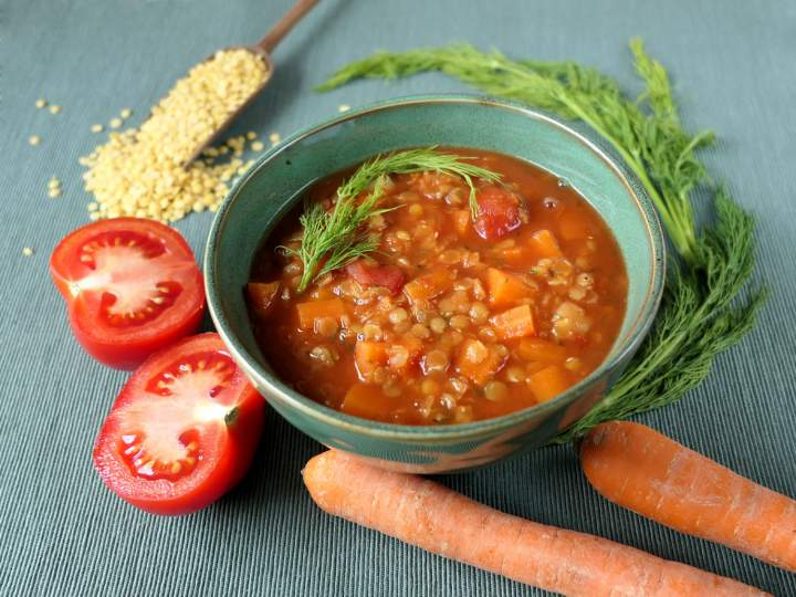 Zupa pomidorowo-soczewicowa
