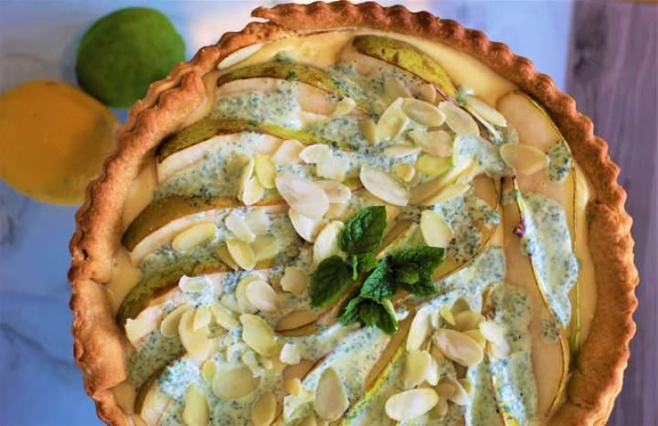 Tarta cytrynowa z gruszkami i miętą / Lemon tart with pears and mint