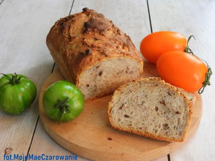 Szybki chleb na zakwasie z ziarenkami