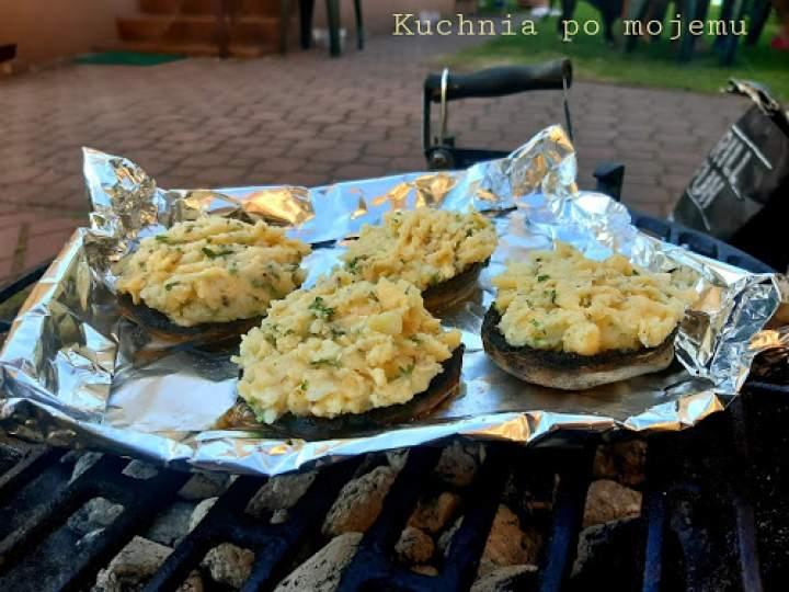 Pieczarki faszerowane ziemniakami. Grill bez mięsa. Nie marnujemy jedzenia.